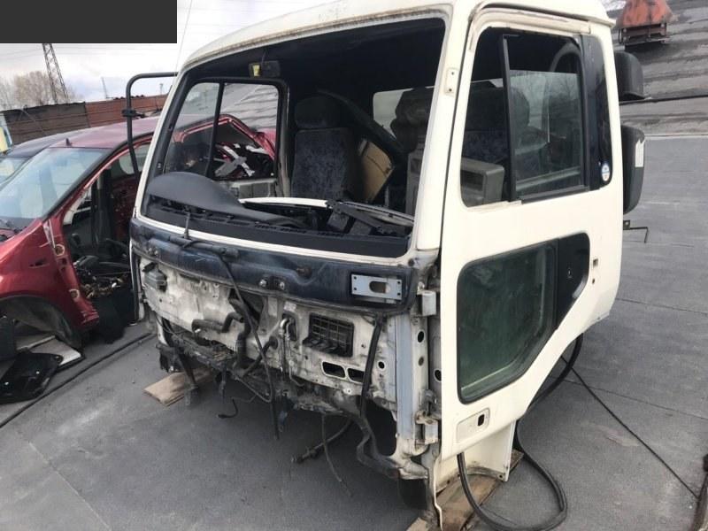 Дверь боковая Nissan Dizel MK210 левая