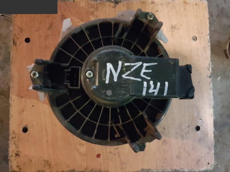 Вентилятор печки Toyota Corolla Fielder NZE141