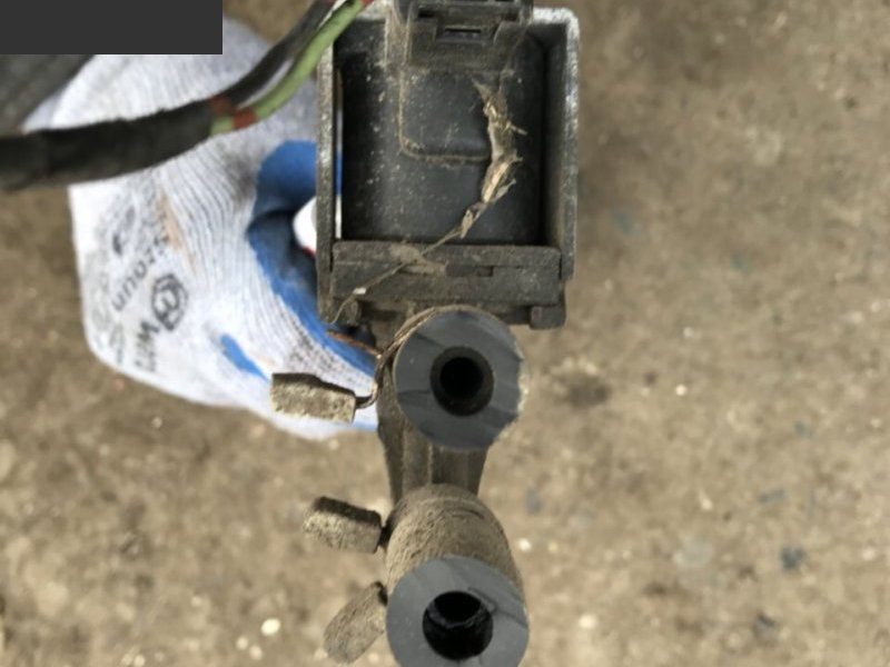 Электромагнитный клапан Isuzu Elf NKR66