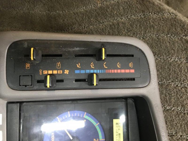 Блок управления климат-контролем Toyota Coaster J05C