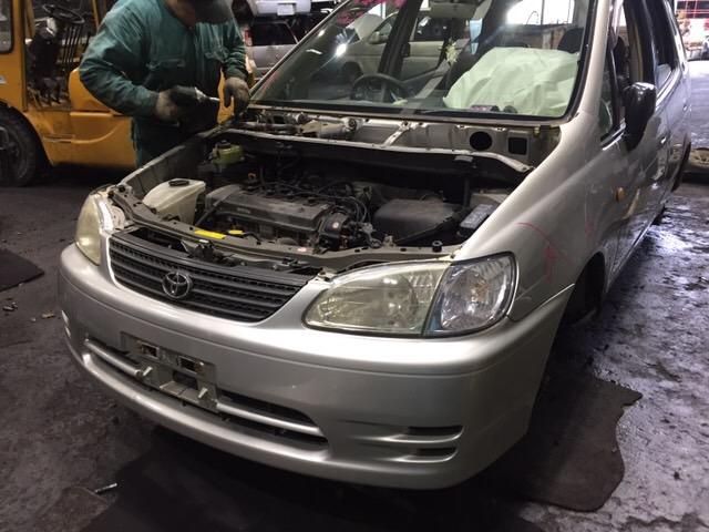 Накладка петли багажника Toyota Spacio AE-111 4A-FE