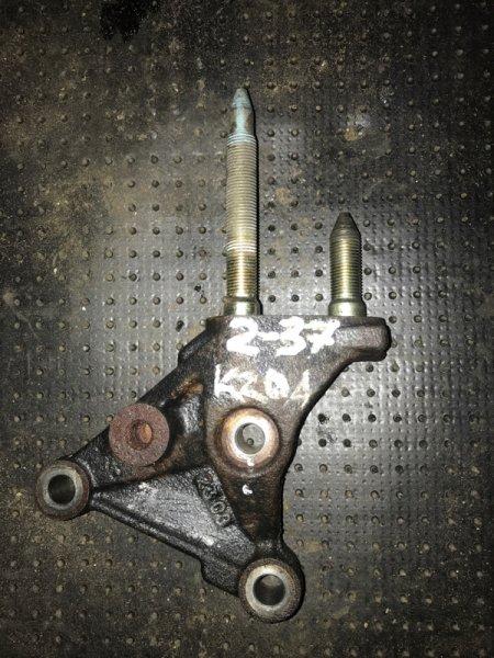 Кронштейн Honda Stepwgn RF3 K20A