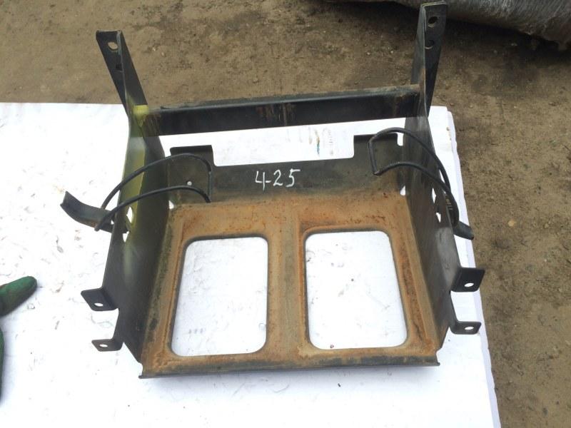 Крепление аккумулятора Hino Ranger FC3JHD J07C
