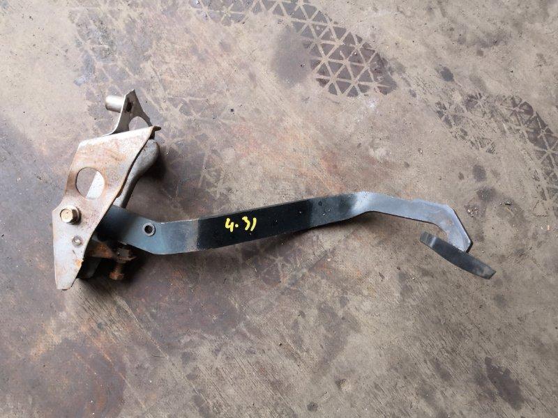 Педаль Toyota Sprinter Trueno AE111 4A-FE