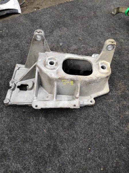 Кронштейн опоры двигателя Toyota Bb NCP31 1NZ