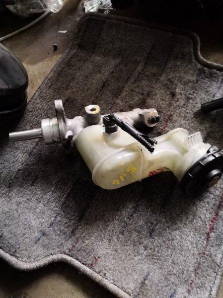 Главный тормозной цилиндр Honda Inspire UC1 J30A