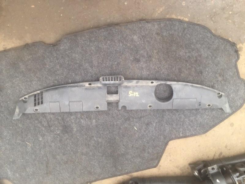 Накладка рамки радиатора Honda Stream RN1 D17A