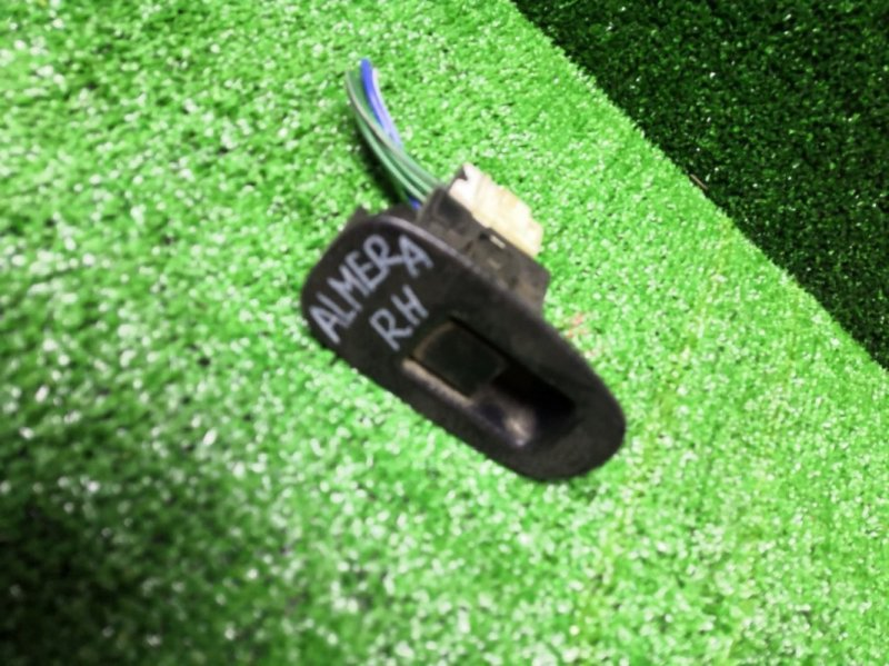 Кнопка стеклоподъемника Nissan Almera задняя правая