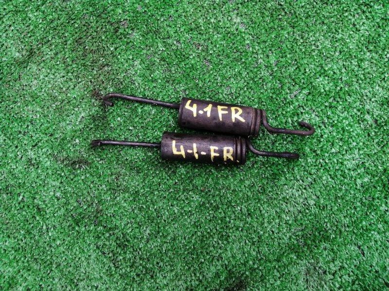 Пружина тормозного механизма Isuzu Forward FRR35 6HL1 передняя правая