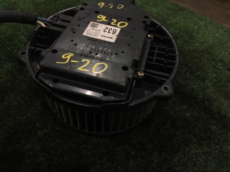 Вентилятор печки Toyota Crown Majesta UZS175 1UZ-FE