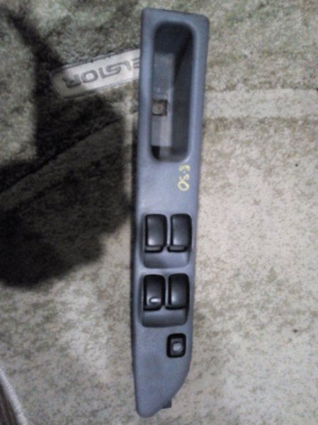 Блок управления стеклоподъемниками Mitsubishi Dingo CQ1A 4G13