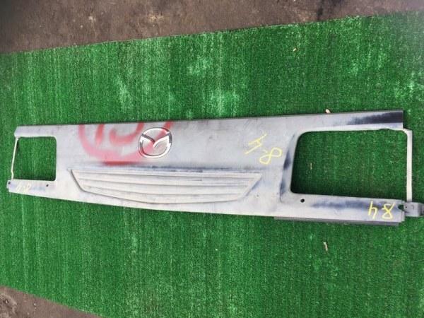 Решетка радиатора Mazda Bongo Brawny SKE6V FE