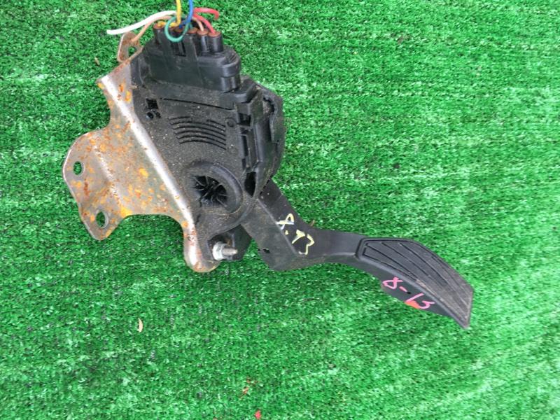 Педаль Suzuki Splash XB32S K12B