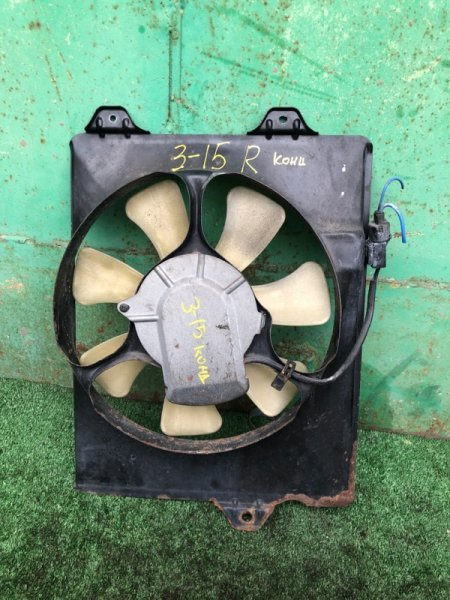 Вентилятор кондиционера Toyota Carina AT211 7A правый