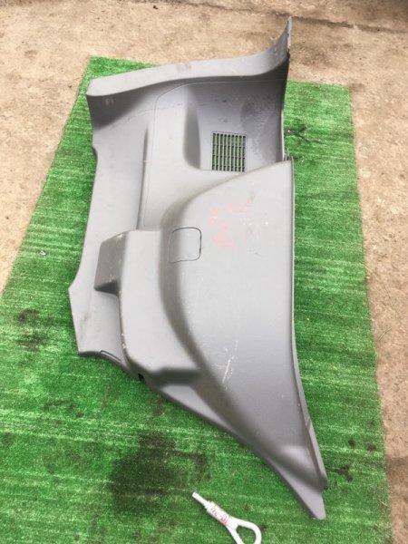 Обшивка багажника Nissan Ad Expert VZNY12 HR16DE правая