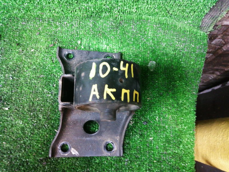 Подушка кпп Nissan Sunny FB15 QG15DE