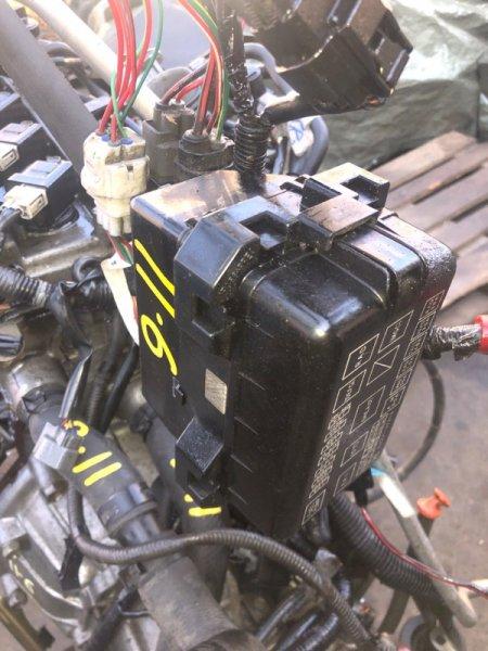 Блок реле и предохранителей Toyota Duet M111A K3-VE