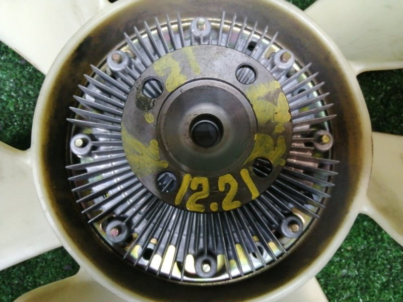 Вискомуфта вентилятора радиатора Toyota Progres JCG10 1JZ-FSE
