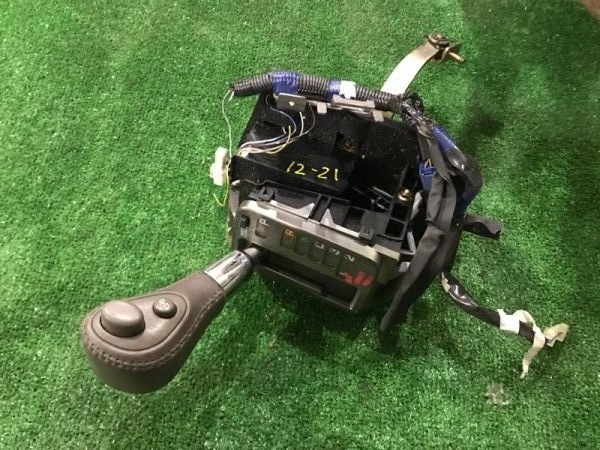 Рычаг переключения кпп Toyota Progres JCG10 1JZ-FSE