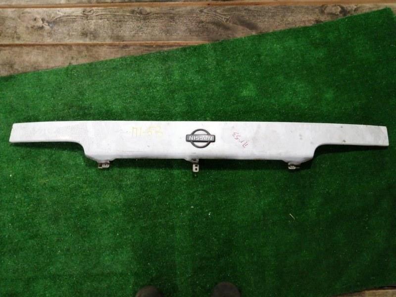Планка под фару Nissan Atlas SP4F23 TD27