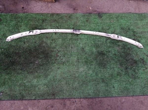 Планка под фару Nissan Elgrand AVWE50 QD32ETI