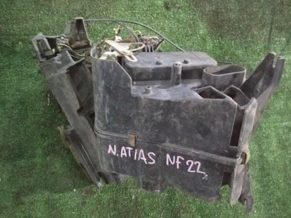 Корпус вентилятора отопителя Nissan Atlas NF22