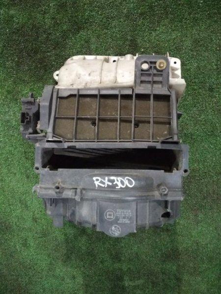 Корпус вентилятора отопителя Lexus Rx300