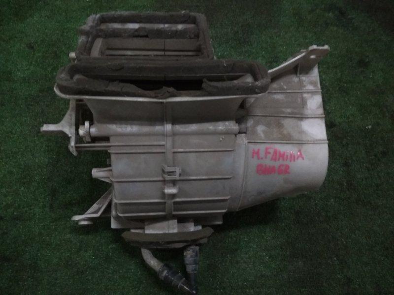 Корпус вентилятора отопителя Mazda Familia BHA6R