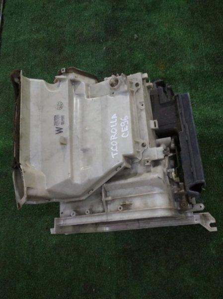 Корпус вентилятора отопителя Toyota CE96V