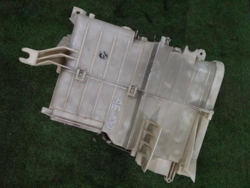 Корпус вентилятора отопителя Toyota AE100