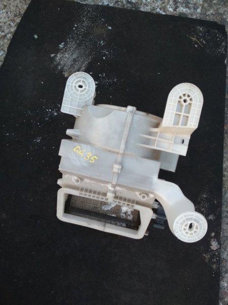 Корпус вентилятора отопителя Mazda Atenza GG3S