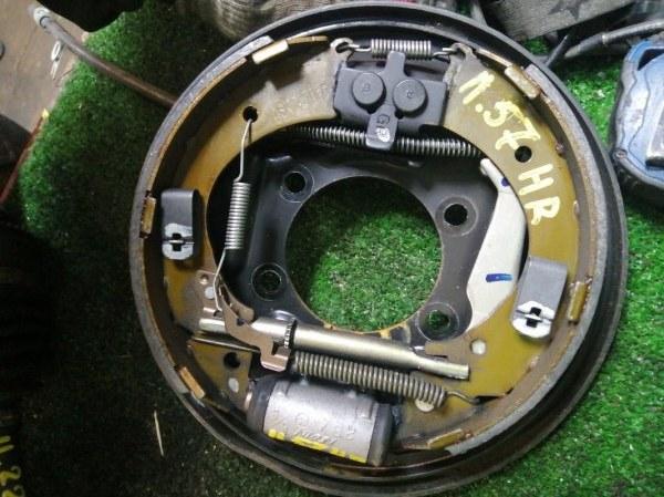 Механизм стояночного тормоза Honda Fit GD2 L13A задний правый
