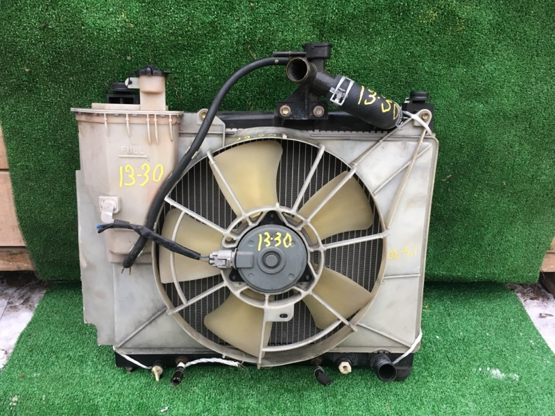 Радиатор двигателя Toyota Raum NCZ20 1NZ-FE