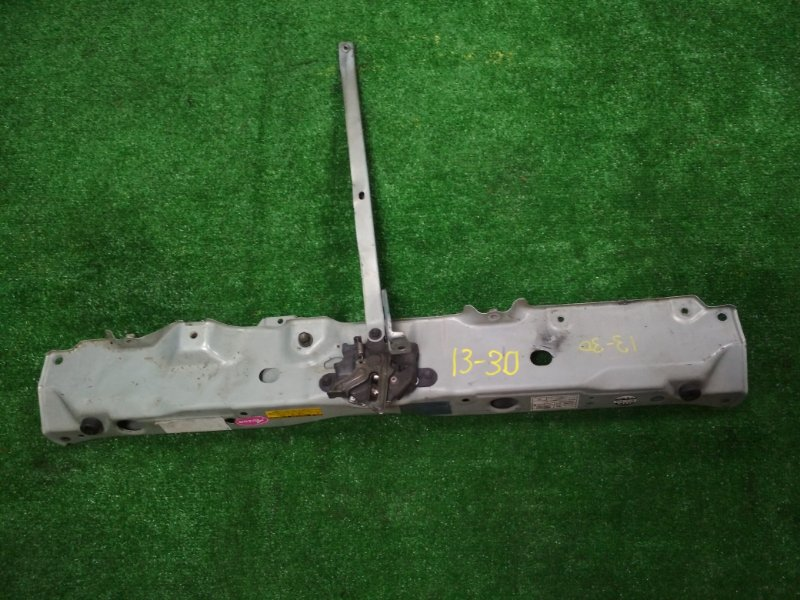 Рамка радиатора Toyota Raum NCZ20 1NZ-FE