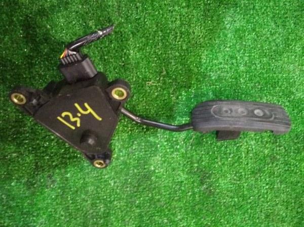 Педаль газа Nissan March K11 CG10DE
