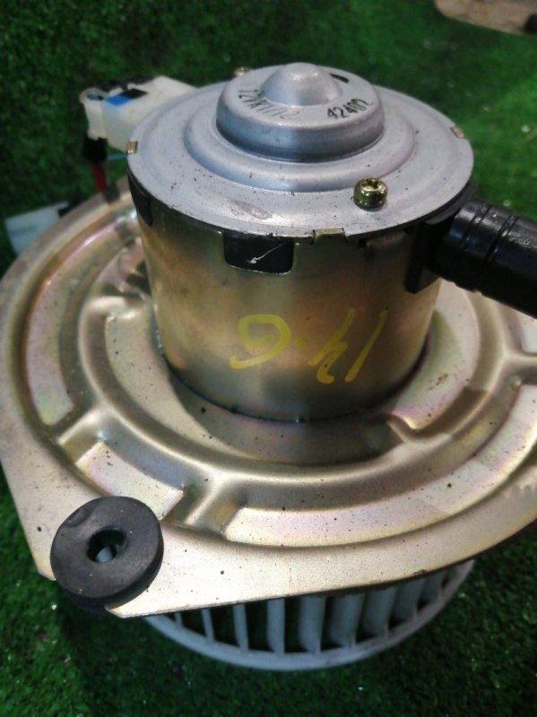 Вентилятор печки Nissan Cedric YPY31 VG30E