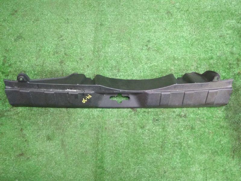 Накладка замка багажника Nissan X-Trail T31 MR20DE