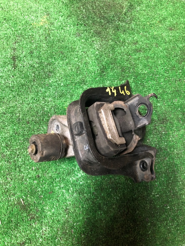 Подушка двигателя Toyota Porte NNP11 1NZ-FE