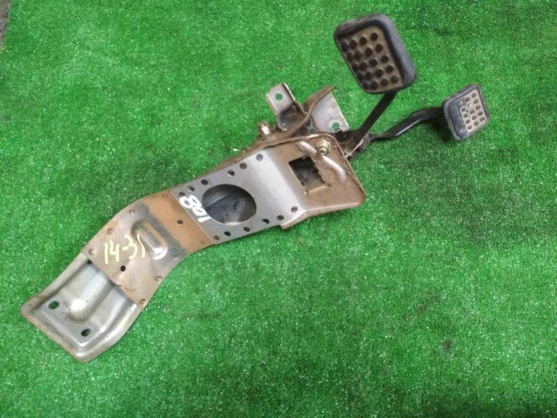 Педальный узел Mitsubishi Delica P27V 4G63