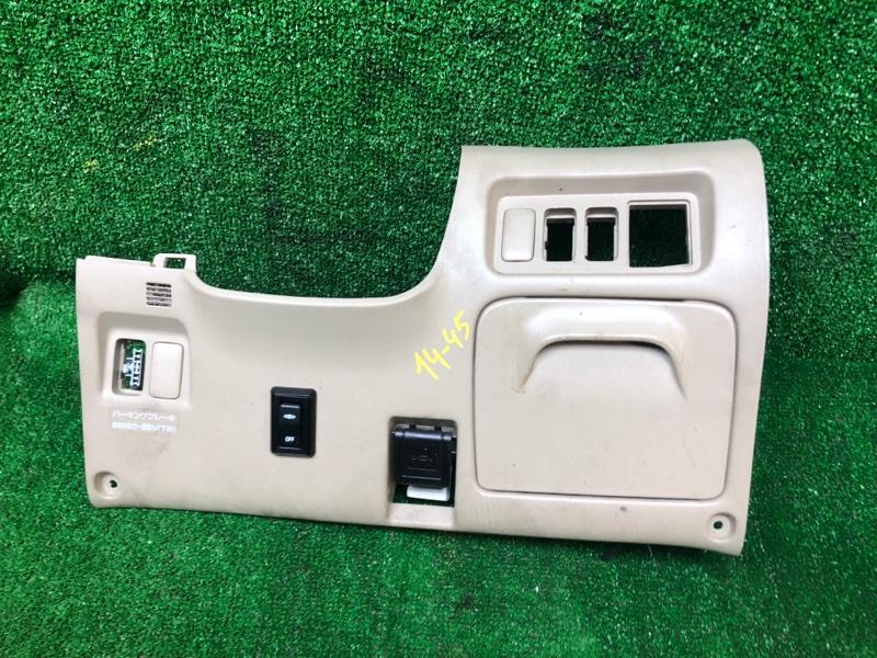 Накладка пластиковая в салон Toyota Estima ACR30W 2AZ-FE