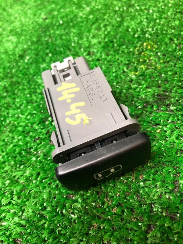 Кнопка открывания Toyota Estima ACR30W 2AZ-FE