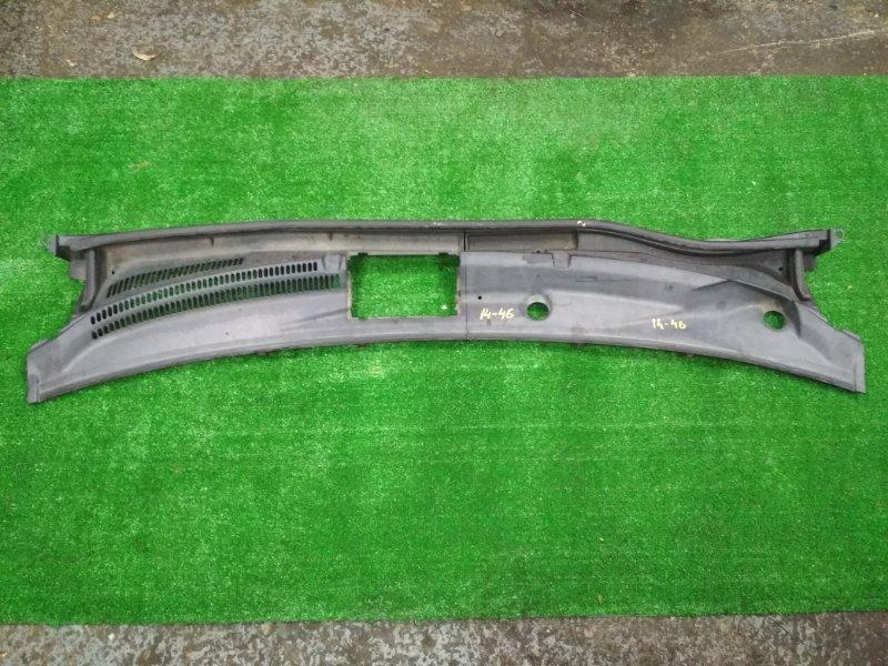 Решетка под лобовое стекло Toyota Porte NNP11 1NZ-FE