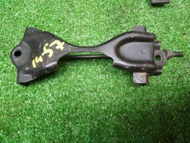 Крепление аккумулятора Nissan Ad VHNY11 QG18DE