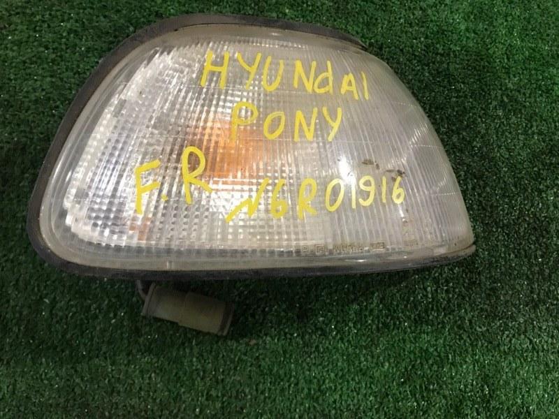 Габарит Hyundai Pony передний правый