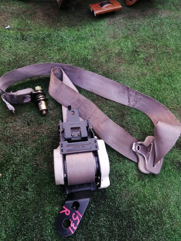 Ремень безопасности Honda Stepwgn RF2 B20B правый