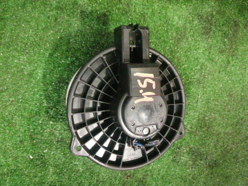 Вентилятор печки Mazda Verisa DC5W ZY-VE