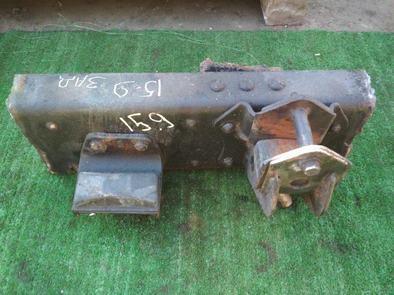 Кронштейн рессоры Nissan Diesel MK36A J07E задний