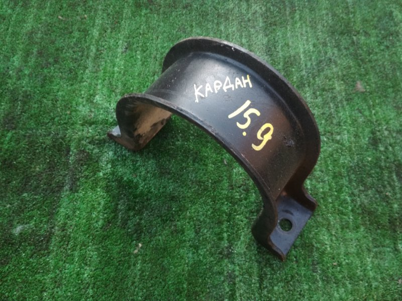 Кронштейн крепления Nissan Diesel MK36A J07E