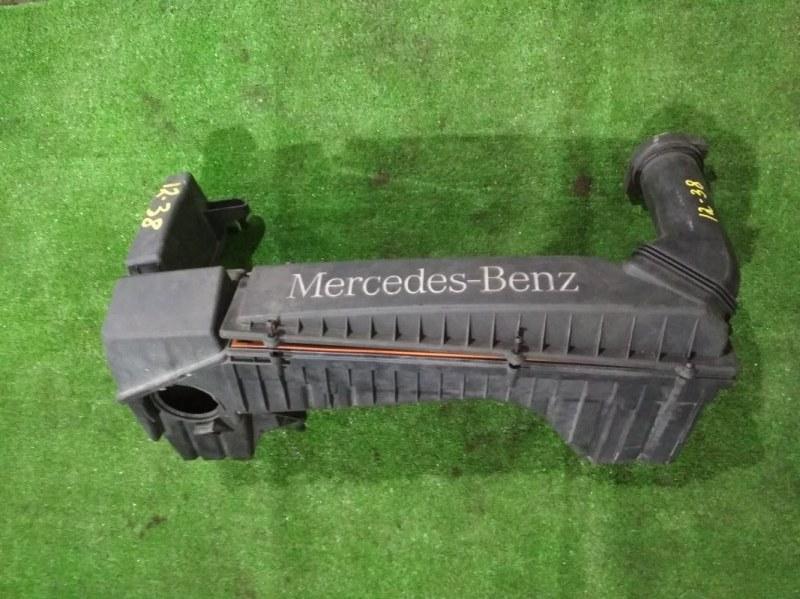 Корпус воздушного фильтра Mercedes-Benz C180 111.951 2001
