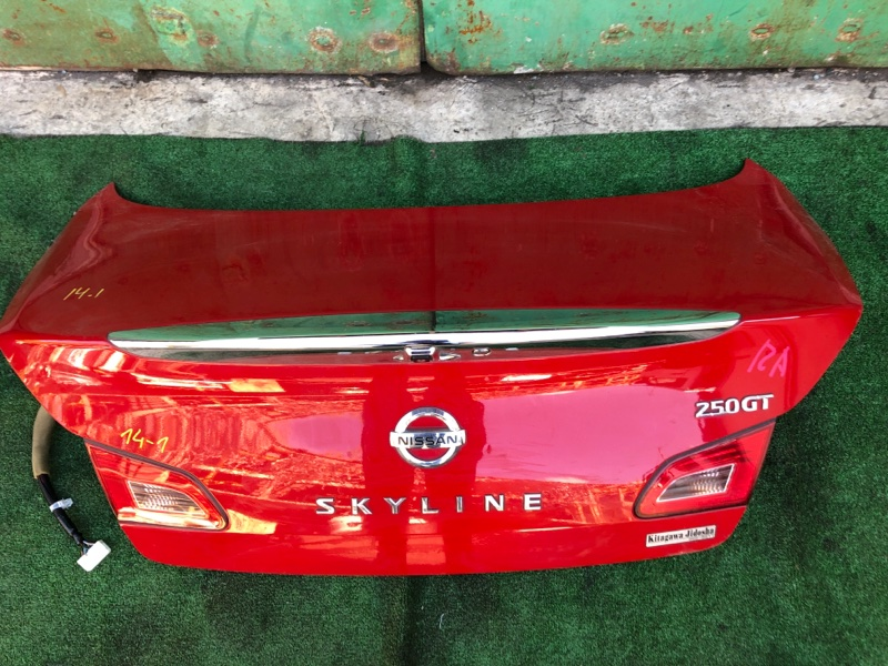 Крышка багажника Nissan Skyline V36 VQ25HR